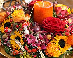 Herbstdekoration tipps f r die herbstliche dekoration - Gartenbank dekorieren ...